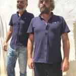 Modelos con polo-camisa Aro Aro